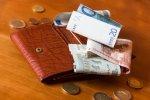 Spending less money on shopping 2